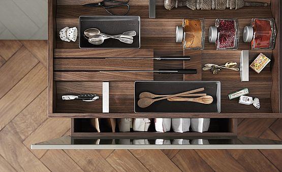 Obegi Home Bulthaup Kitchens Csm b3 Ausstattungselemente 4 d t 77f1fb0589