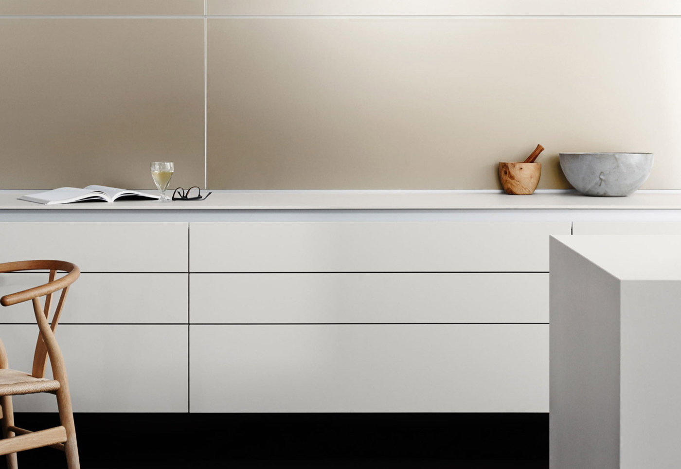 Obegi-Home-Bulthaup-Kitchens-b3-Multifunktionswand-03