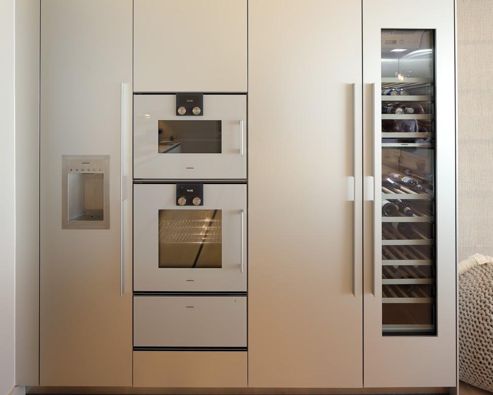 Obegi Home Bulthaup Kitchens b3 Tall Unit Gaggenau Appliances 1000x800