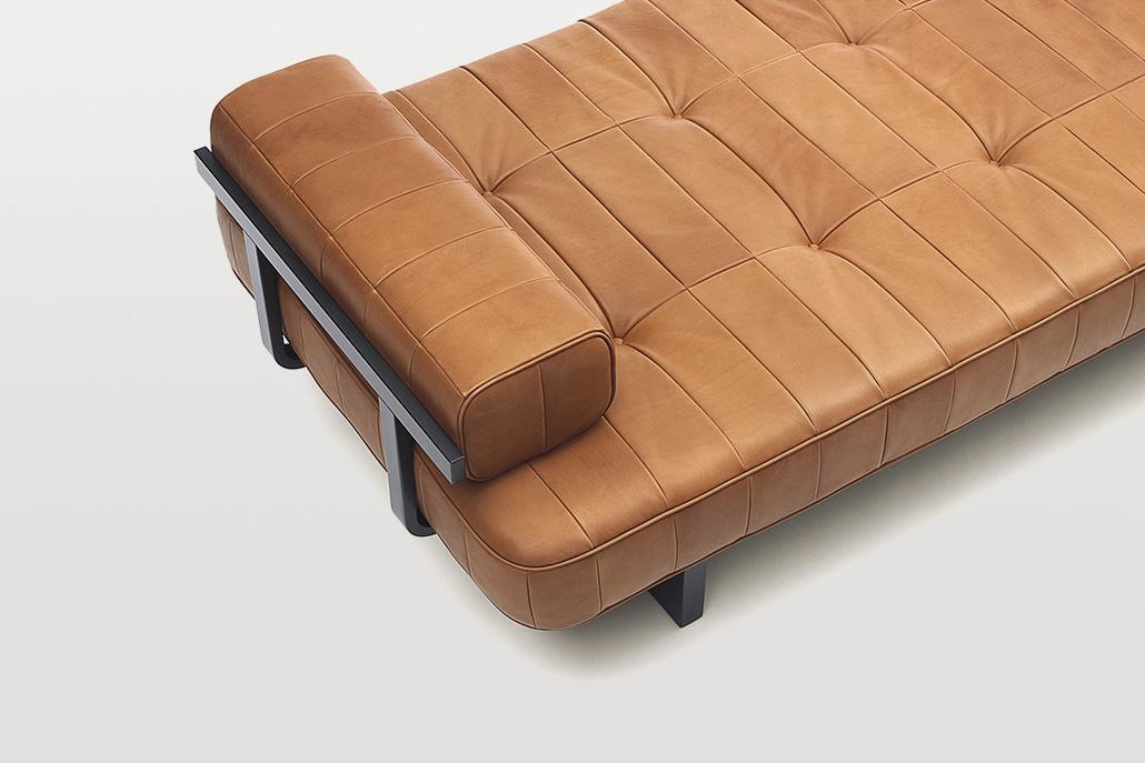 Obegi Home Furniture Desede 15