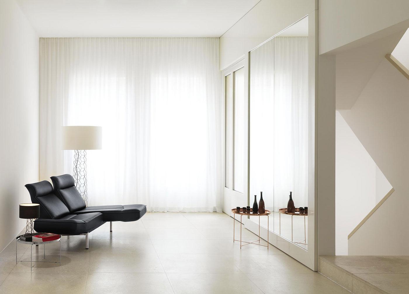 Obegi Home Furniture Desede 21