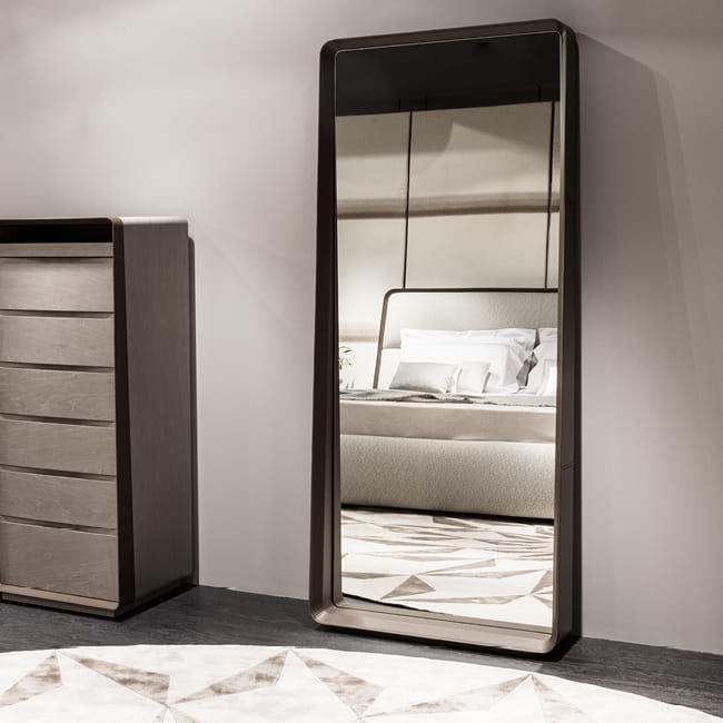 Obegi Home Mirrors Giorgetti 868 Z EDITORIAL frameSpecchiera